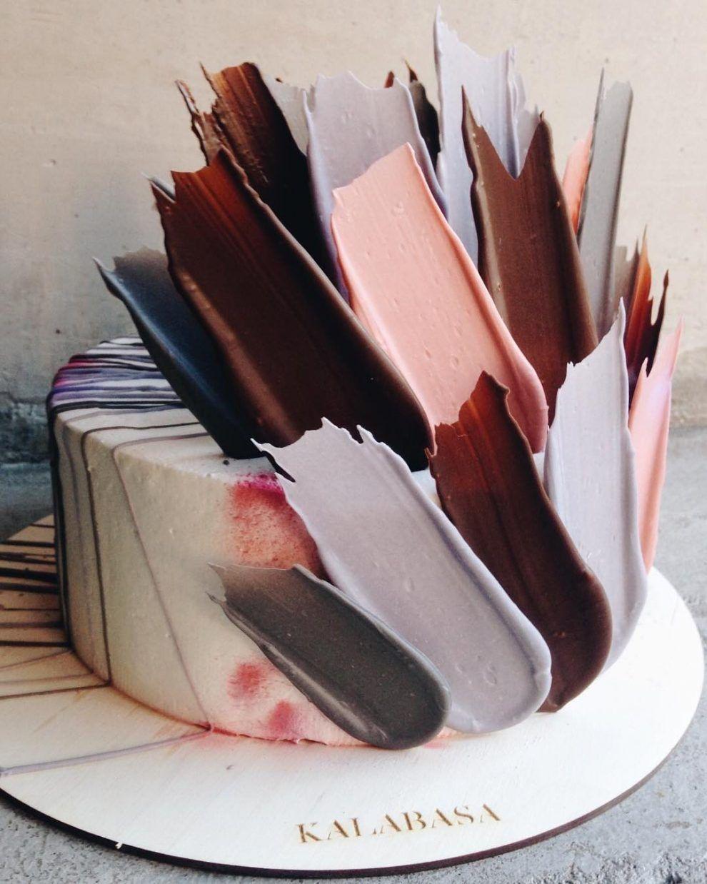 Innovative Russian Bakery Uses 'Brushstroke' Decorations To Create The Most Amazing Cakes #amazingcakes