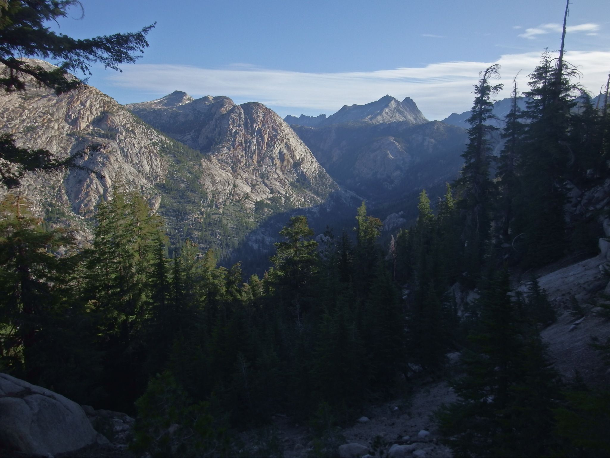 Hiking the PCT north of Tuolumne Meadows