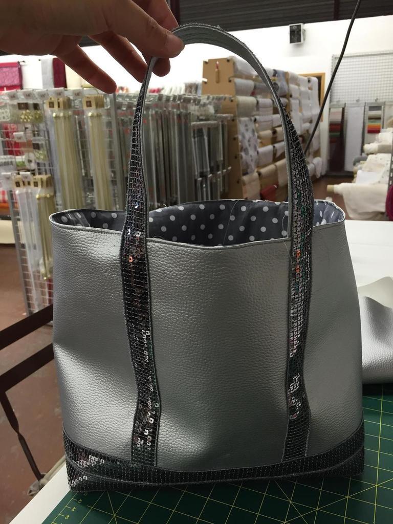 Tuto couture sac cabas paillettes projets essayer - Tuto grand sac cabas ...