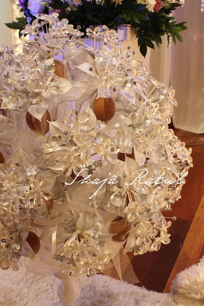 Hand Made Flower From Crystal Bunga Pahar Kristal Bunga Pahar Flower Crafts Flower Arrangement Designs