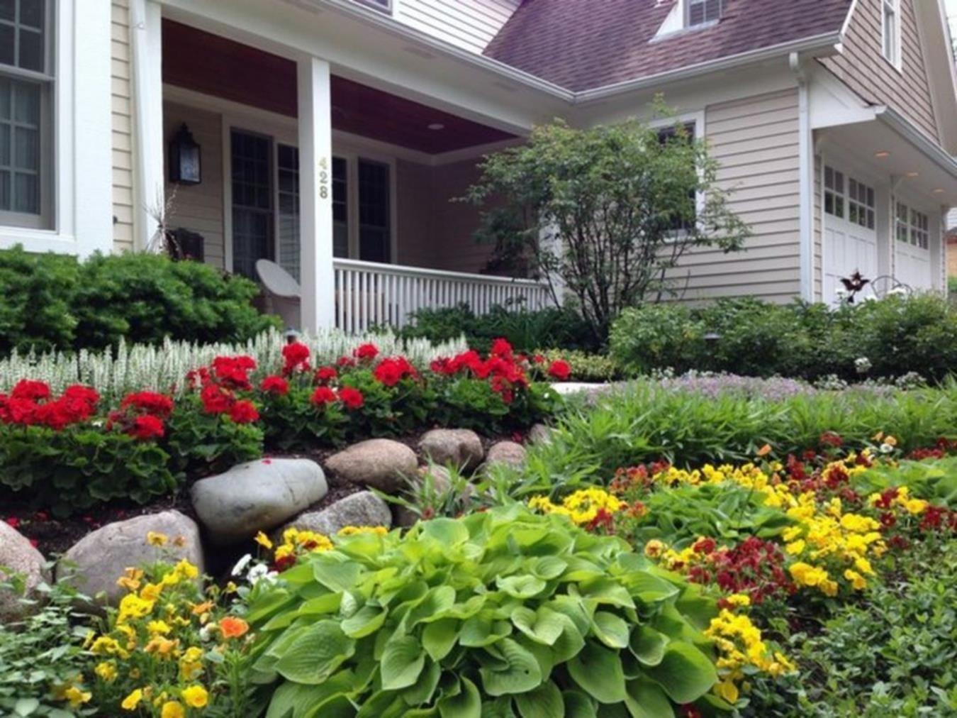 Planting A Perennial Garden That Is Low Maintenance Decor Renewal Full Sun Landscaping Full Sun Garden Front Yard Landscaping