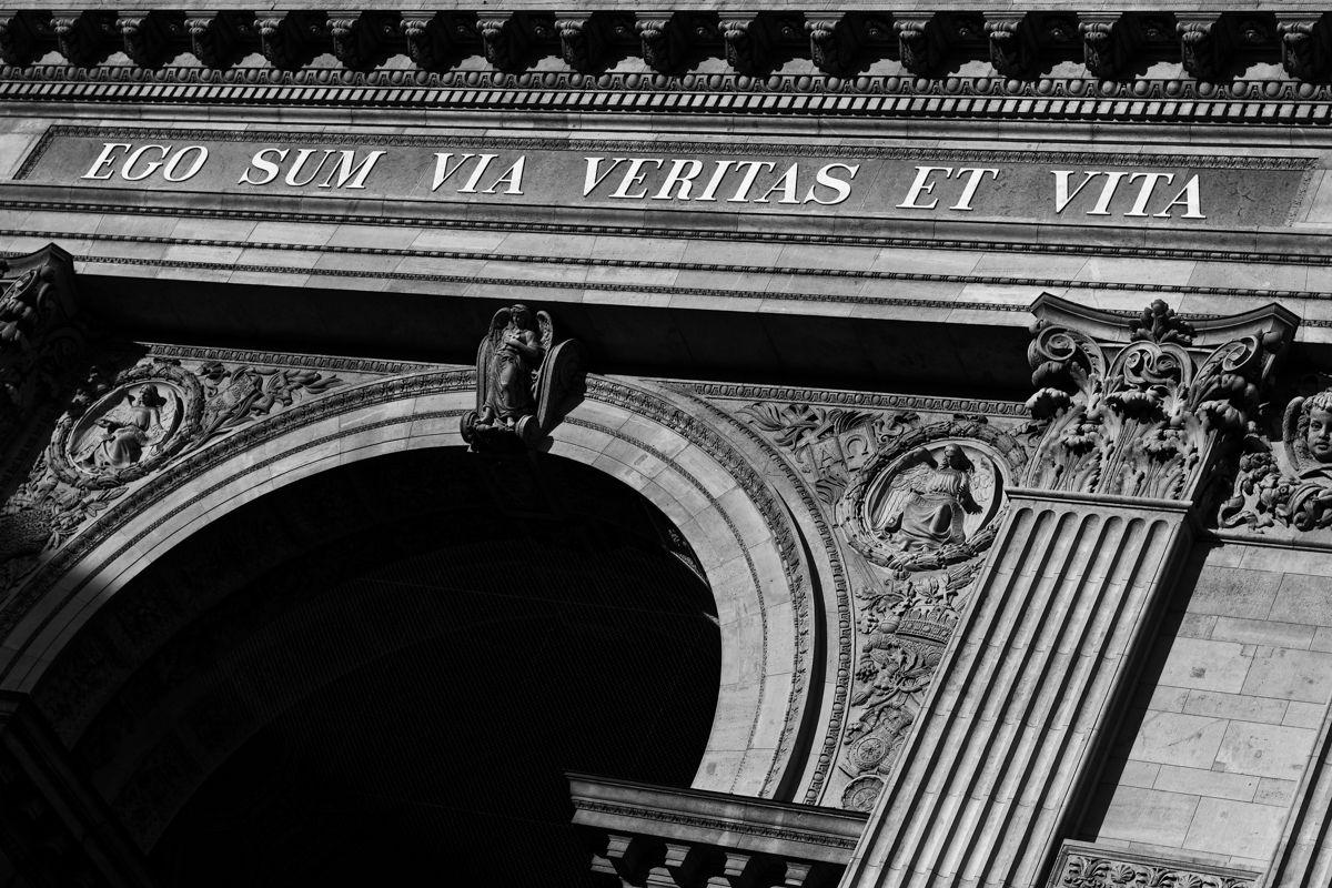ego sum via veritas et vita meaning