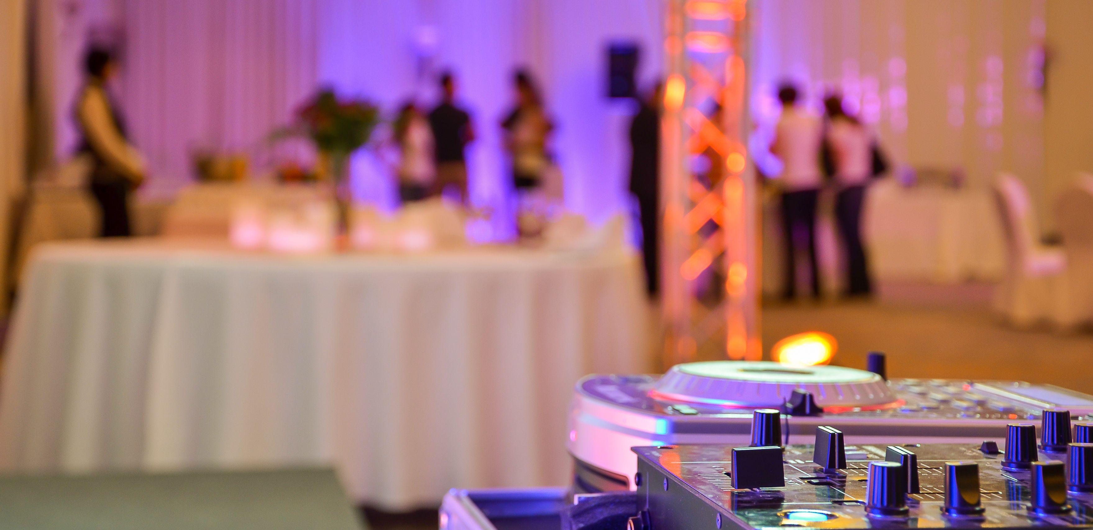 Pin By Auckland Dj Service On Wedding Dj Auckland Wedding Dj Wedding Music Wedding