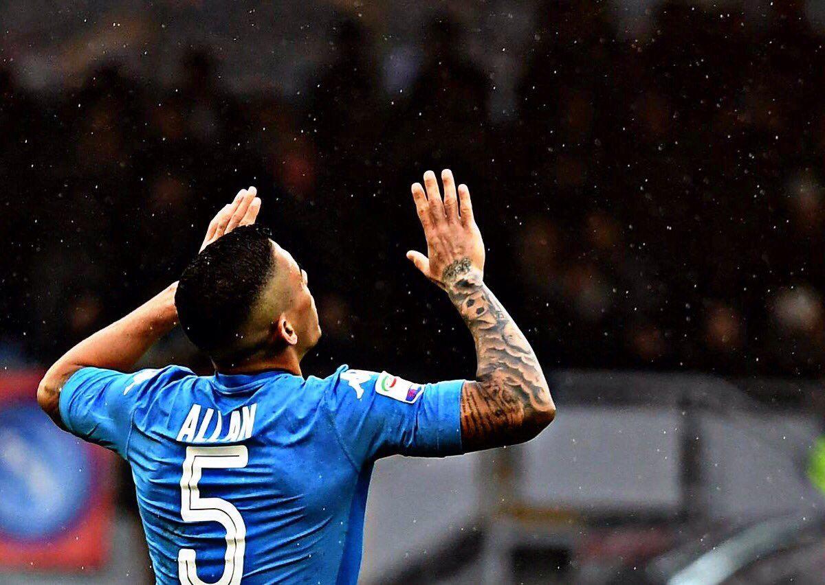 """Napoli, Allan """"Che gioia la convocazione. Napoli casa mia"""