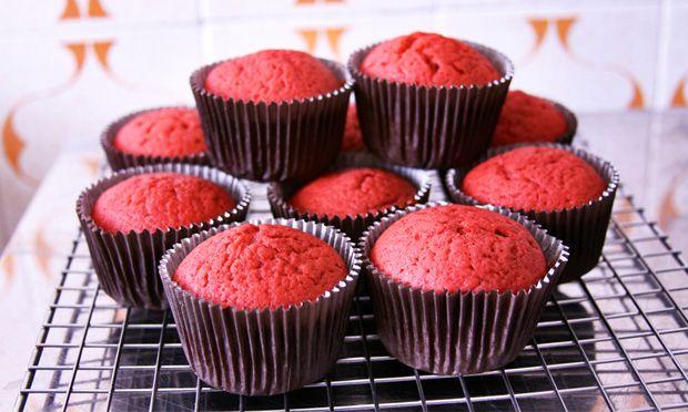 Cupcake com massa vermelha