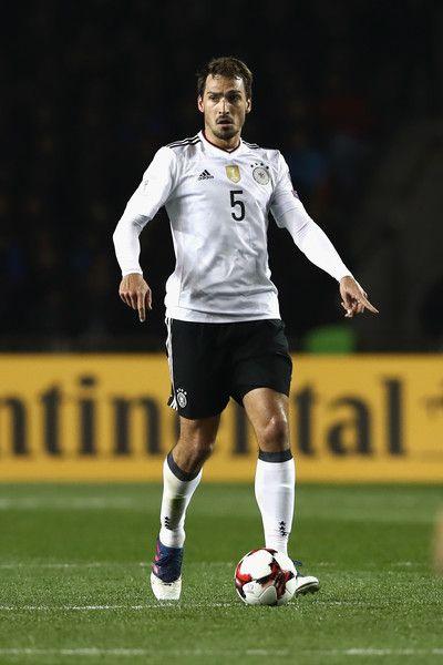 Mats Hummels Photos Photos Azerbaijan V Germany Fifa 2018 World Cup Qualifier World Cup Qualifiers Fifa Mats Hummels