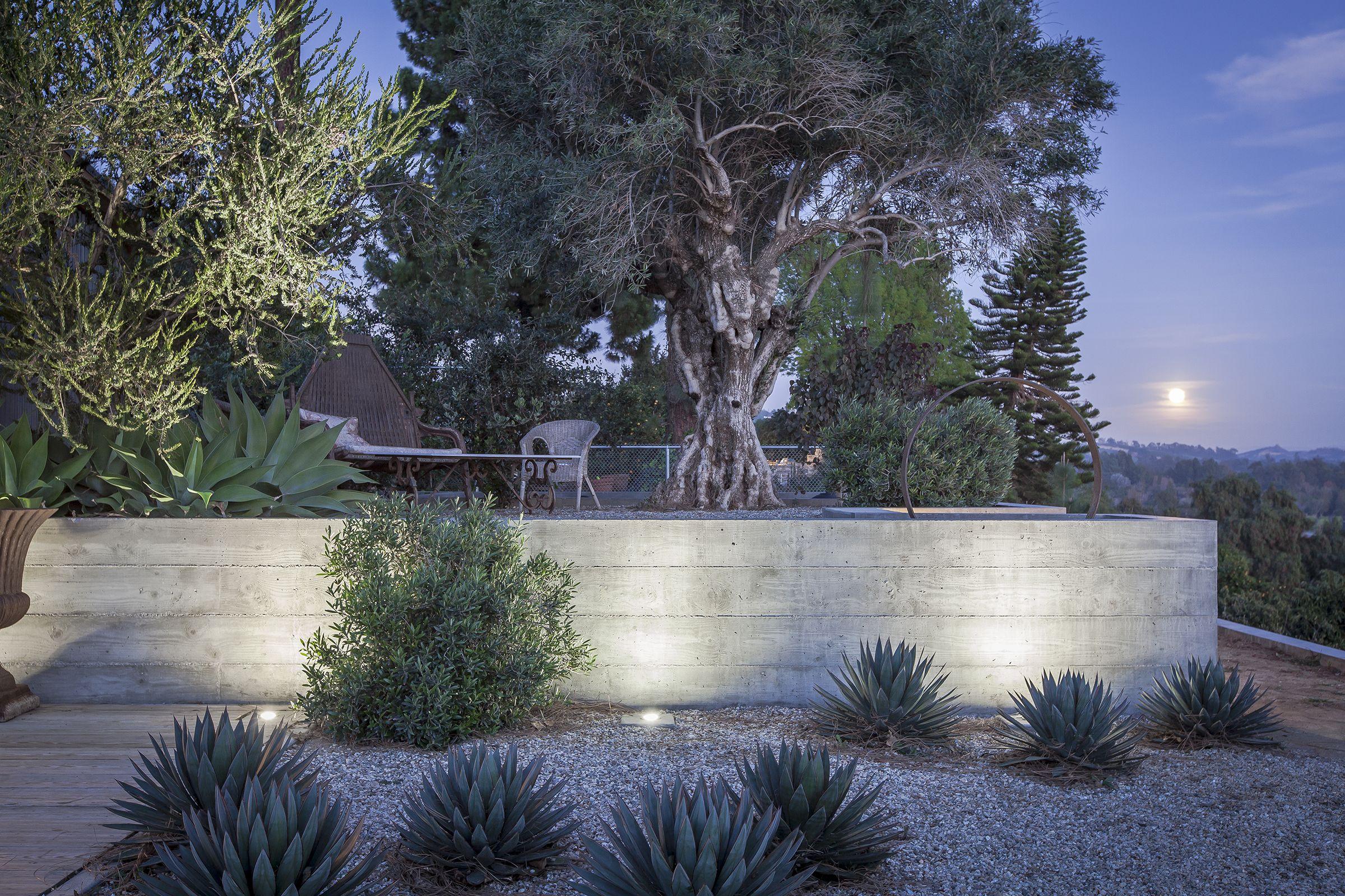 Projects Somis Exterior Site Concrete Retaining Walls Pool House Hardscape