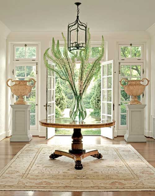 Understated Elegance In A Classic Home Traditional Home Round Foyer Table Foyer Decorating Foyer Table