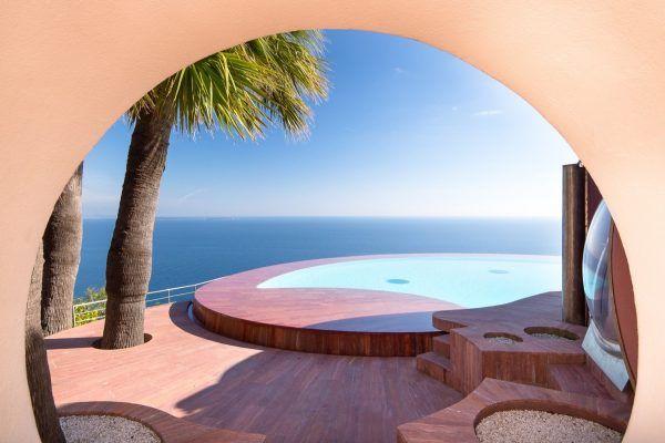Tour pierre cardins £300 million pound bubble mansion