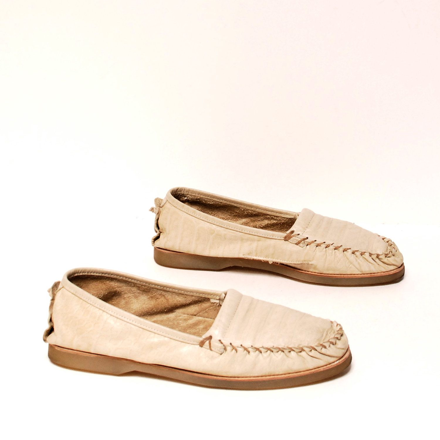 mens size 10 MOCCASIN cream white leather 80s ZODIAC brand loafers