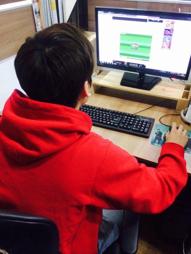 VIXX_HYUK twitter update ---- 어제의 아군이 오늘의 적이다..오늘만큼은 별빛여러분은 나의 경쟁자다!!