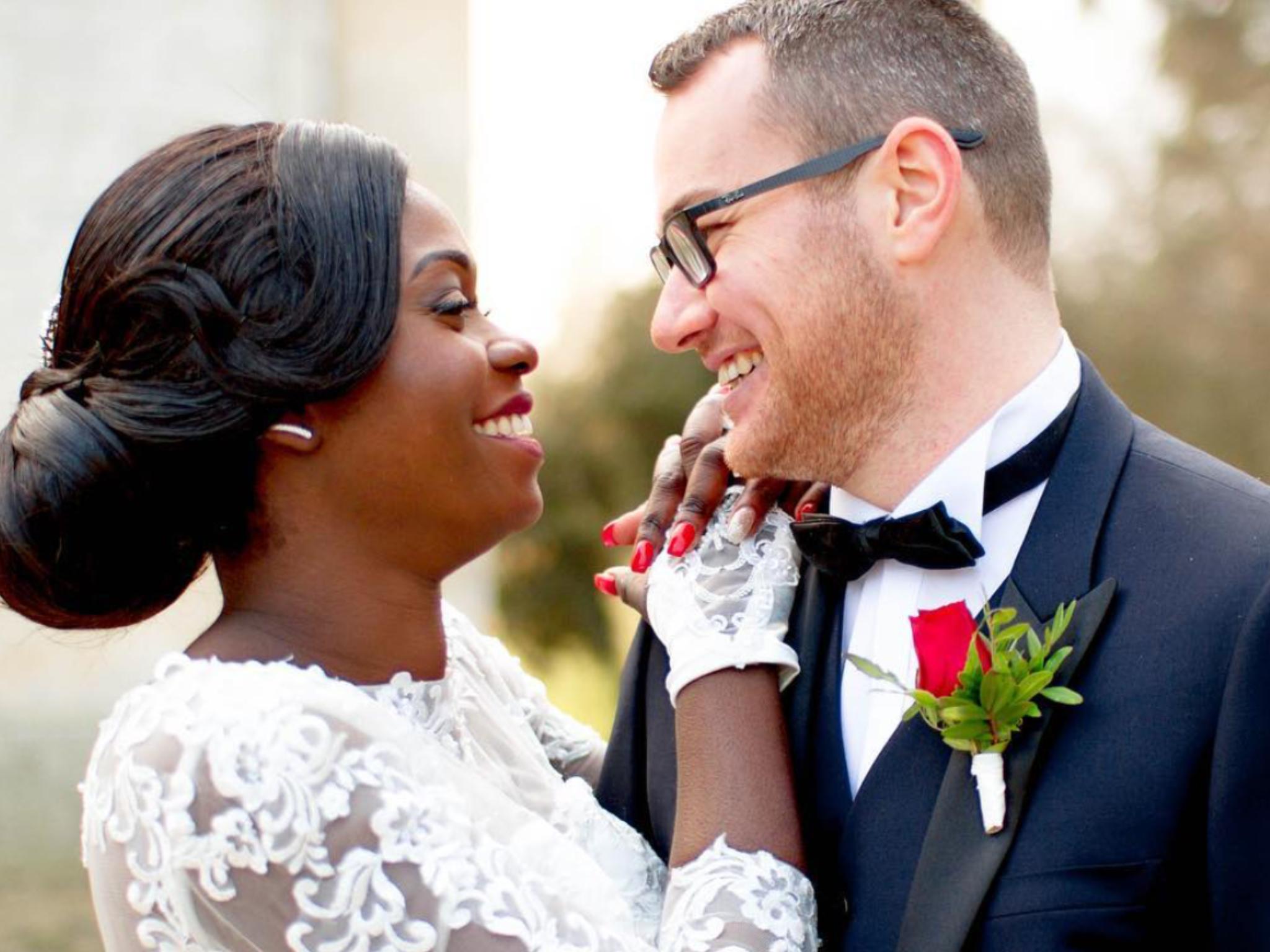 #switchography  Même sourire. Même sensation de bonheur. -- Same smiles. Same feelings of happiness. ❤🙏🏾 #francoivoirien #weddingphotography #weddingphotographer #switchography #parisianphotographer