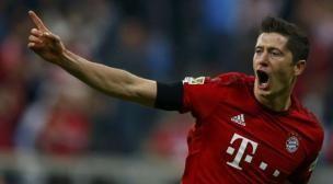 Lewandowski marcó 5 goles en ¡9 minutos! Setiembre 22, 2015.