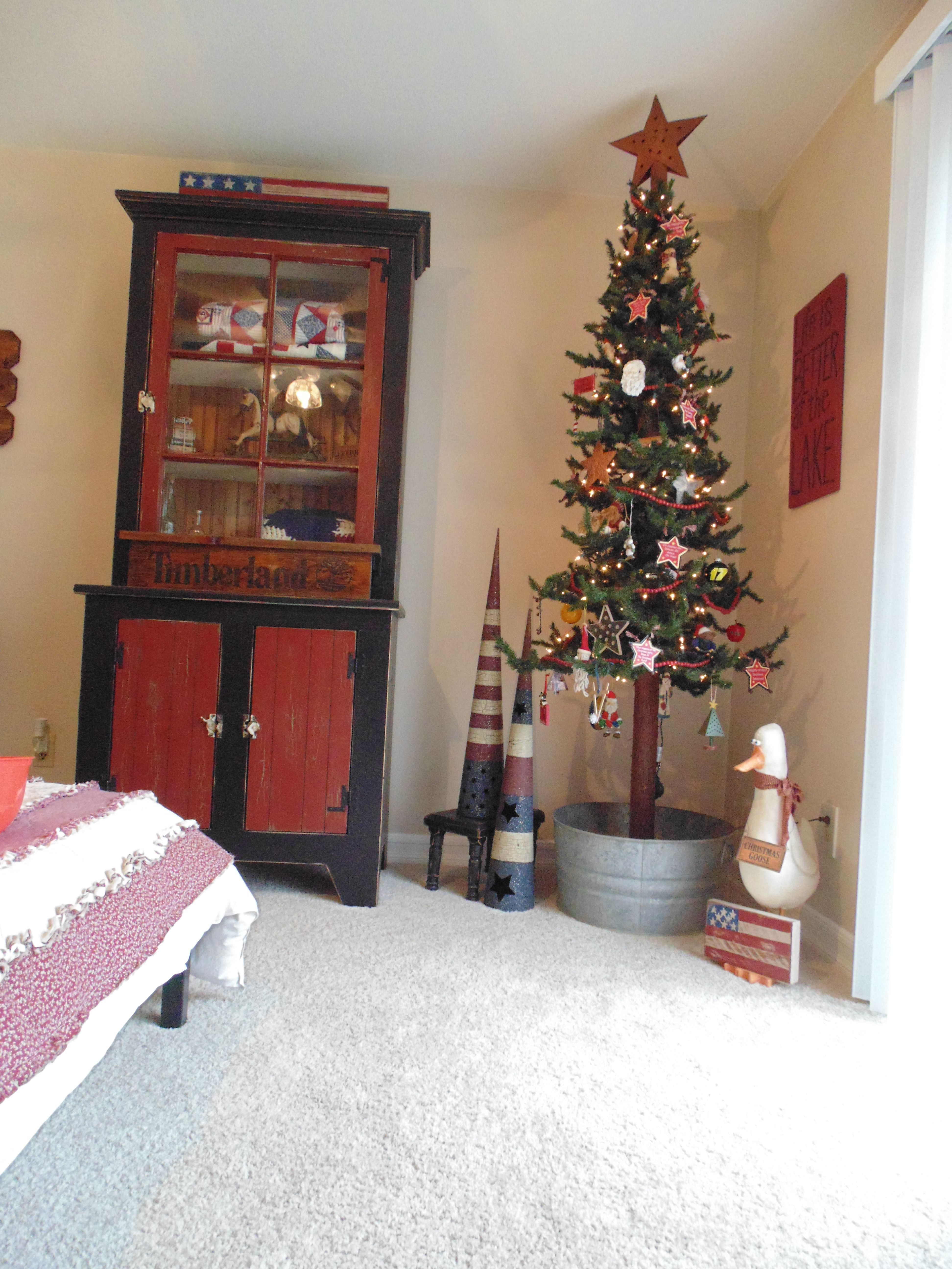 Christmas in our Americana bedroom. | Americana bedroom ...