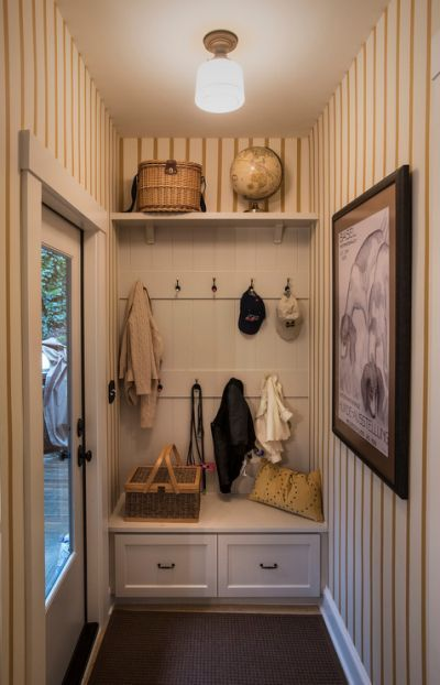 Adorable Small Mudroom Ideas For Small Mudroom Ideas Entrance Hall Decor Entry Hall Furniture