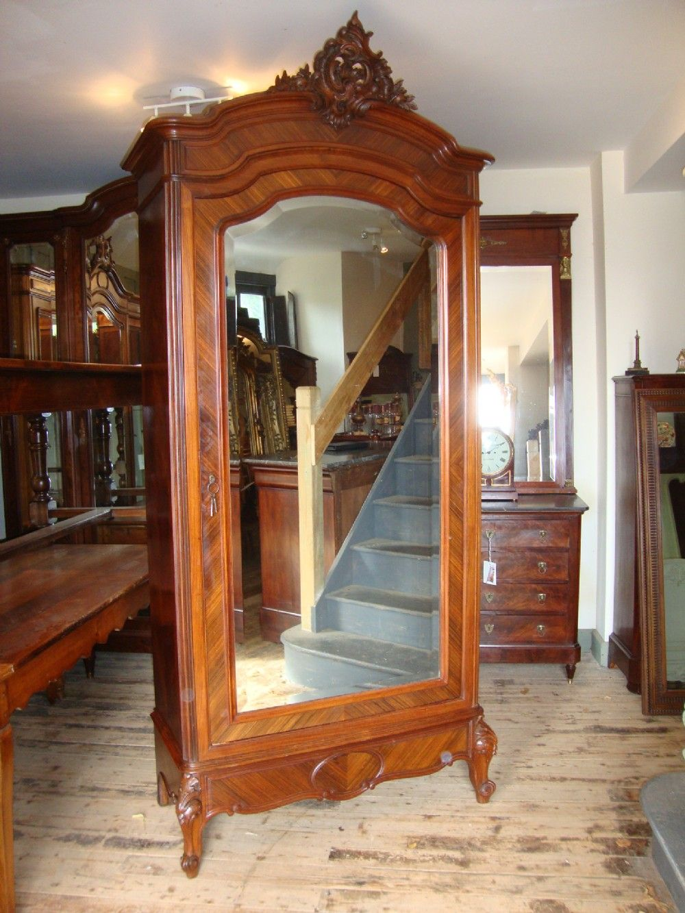 Superbe FRENCH LOUIS XV STYLE SINGLE DOOR ROSEWOOD ARMOIRE