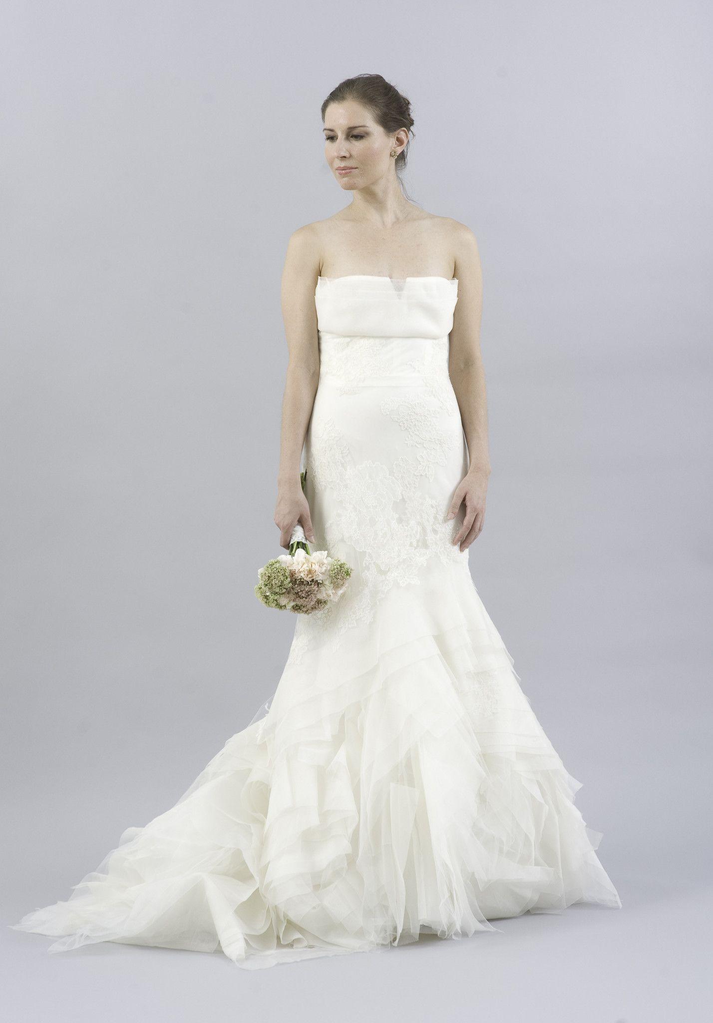 Vera Wang Fawn Organza and Lace Dress | Shop Nearly Newly Wed ...