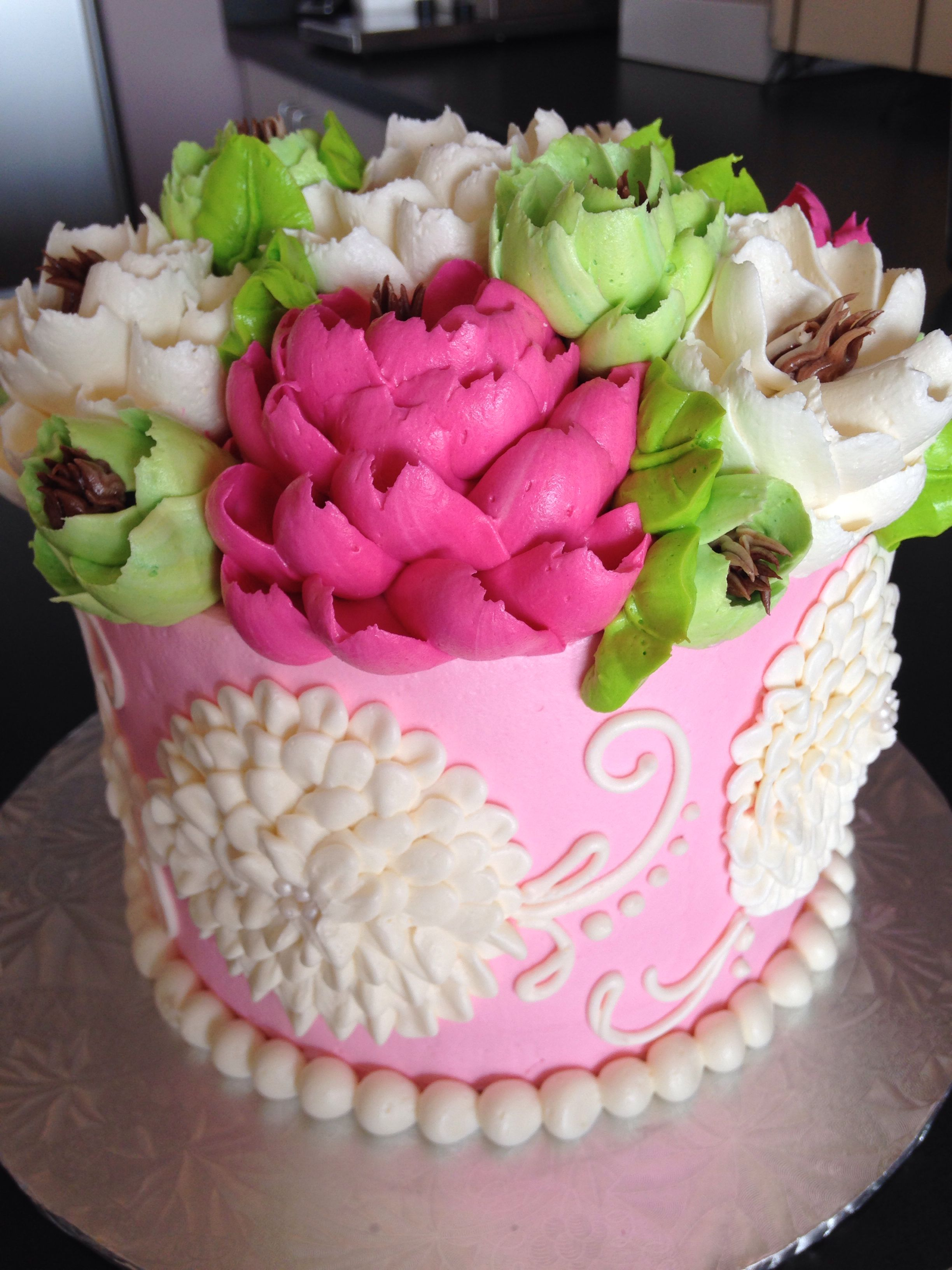 Buttercream pom pom piping technique by the white flower cake buttercream pom pom piping technique by the white flower cake shoppe online tutorials available monday dhlflorist Image collections