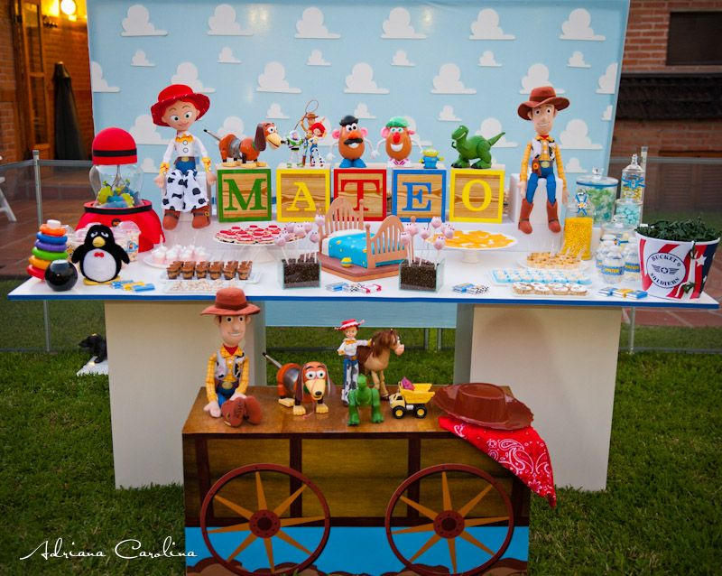 dulce design toy story birthday party dashiell. Black Bedroom Furniture Sets. Home Design Ideas