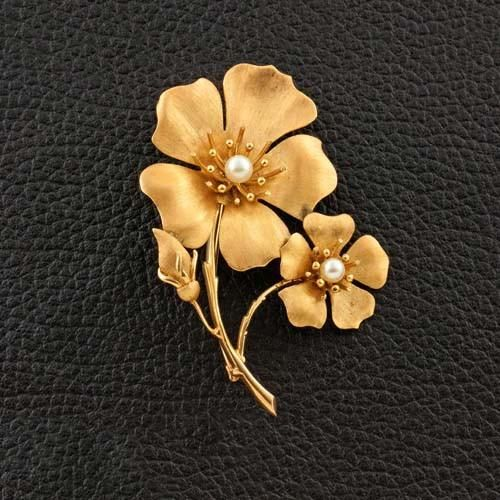 Gold & Pearl Double Flower Pin