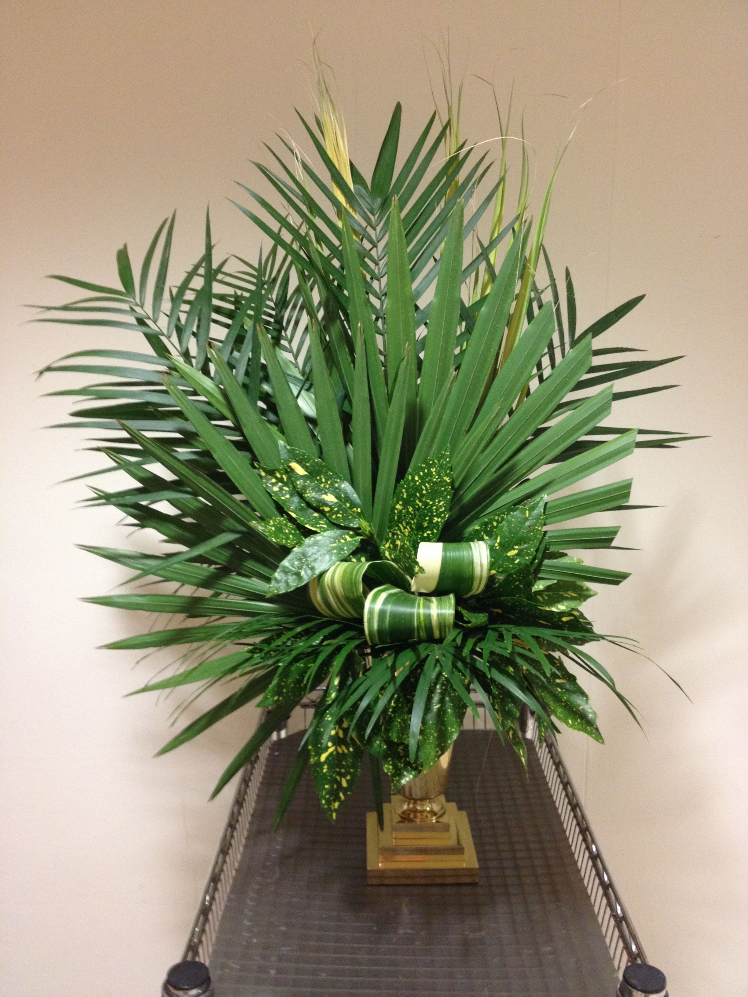 palm Sunday   Altar flower arrangements   Pinterest   Palm sunday ...