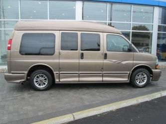 2003 Chevy Express Midwest Conversion Van Ninos