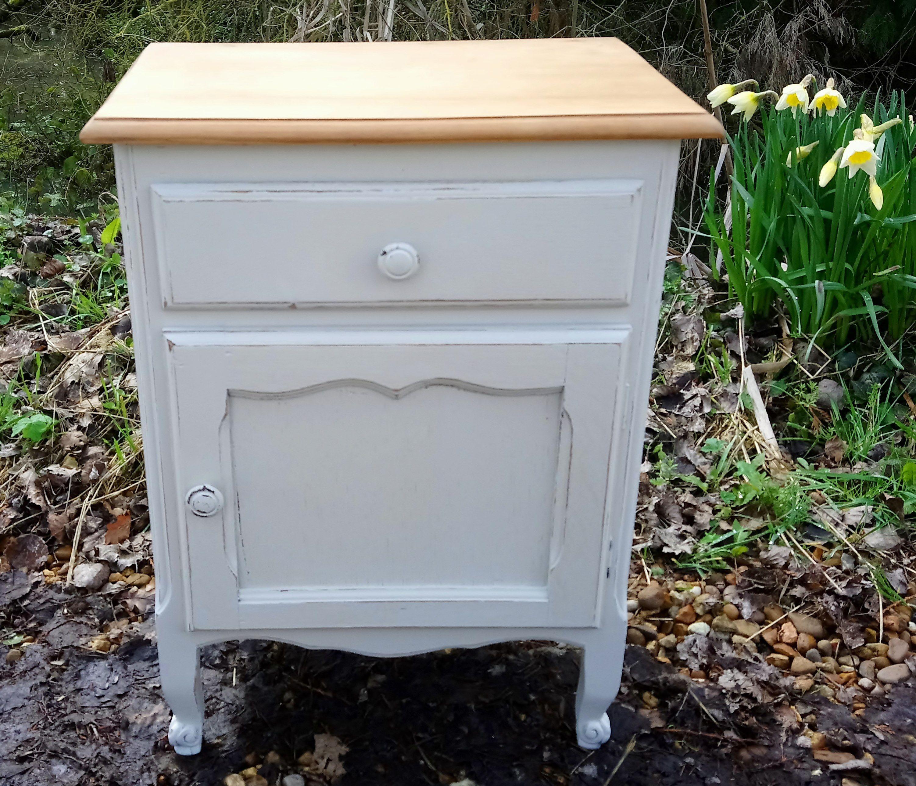 Best French Oak Bedside Cabinet Painted In Farrow Ball 400 x 300