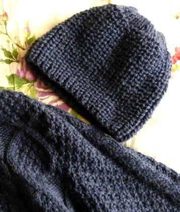 bonnet gar on en c tes perl es en taille 8 10 ans tricot. Black Bedroom Furniture Sets. Home Design Ideas