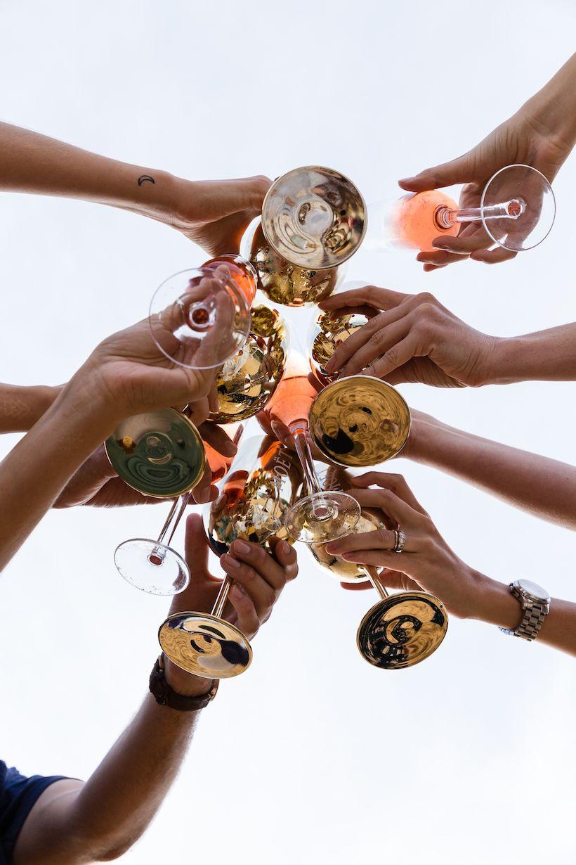 Les 5 choses que vous devez savoir sur l'achat de champagne   – From CamilleStyles.com