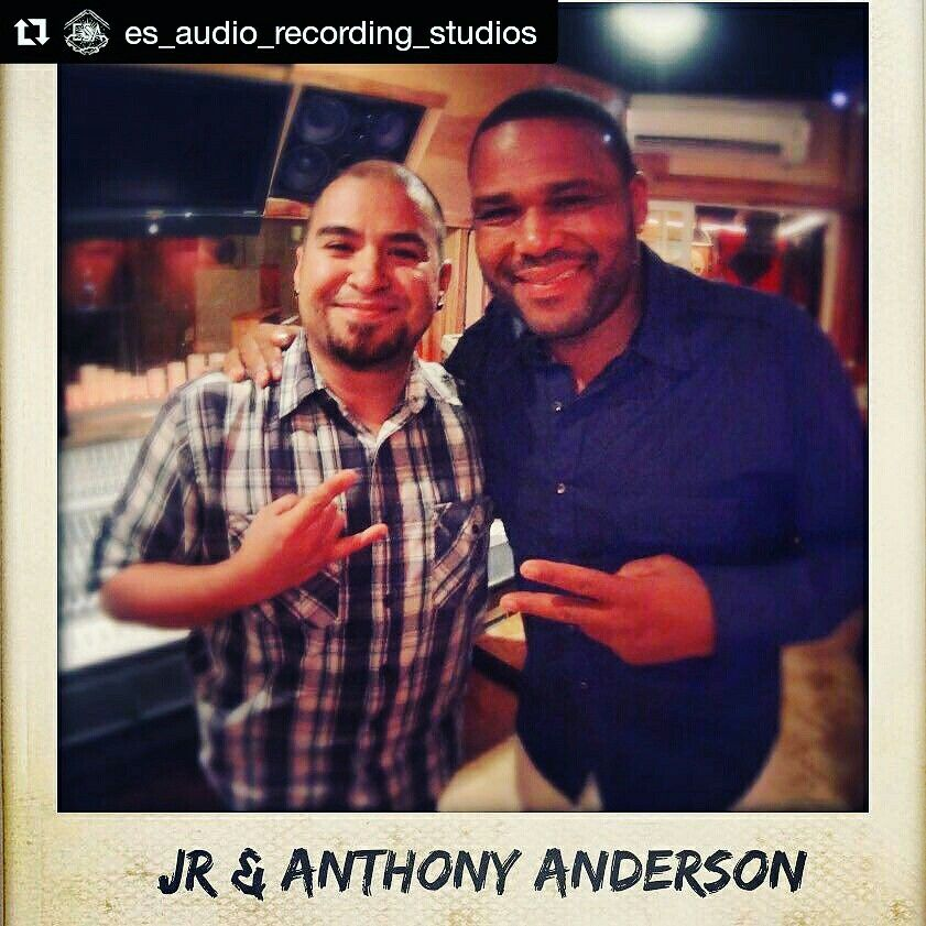 """That time #ESAudio  #RecordingStudio in #LosAngeles, #CA  was Rockin' w/#Emmy Nominated #Actor #AnthonyAnderson, of """"#Blackish"""":)   Anthony has been in Alot of #Movies, too:)  Can you name one?:)   Pic: www.ESAudio.com 2016"""