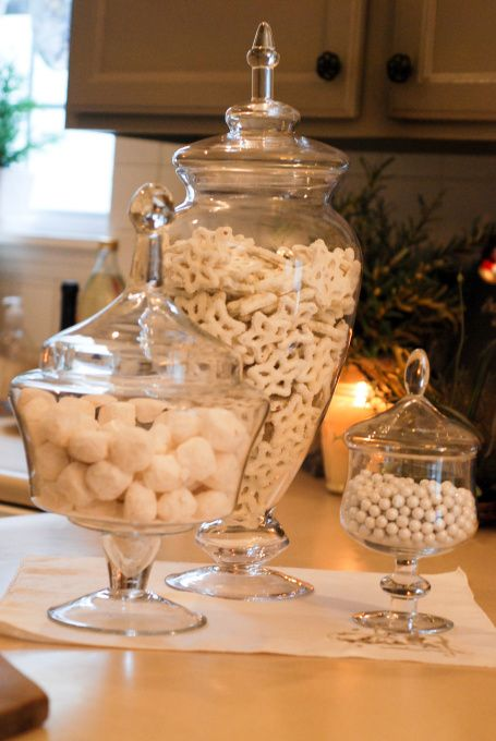 White Christmas treats - marshmallows, meringue covered walnuts, yoghurt covered cranberries