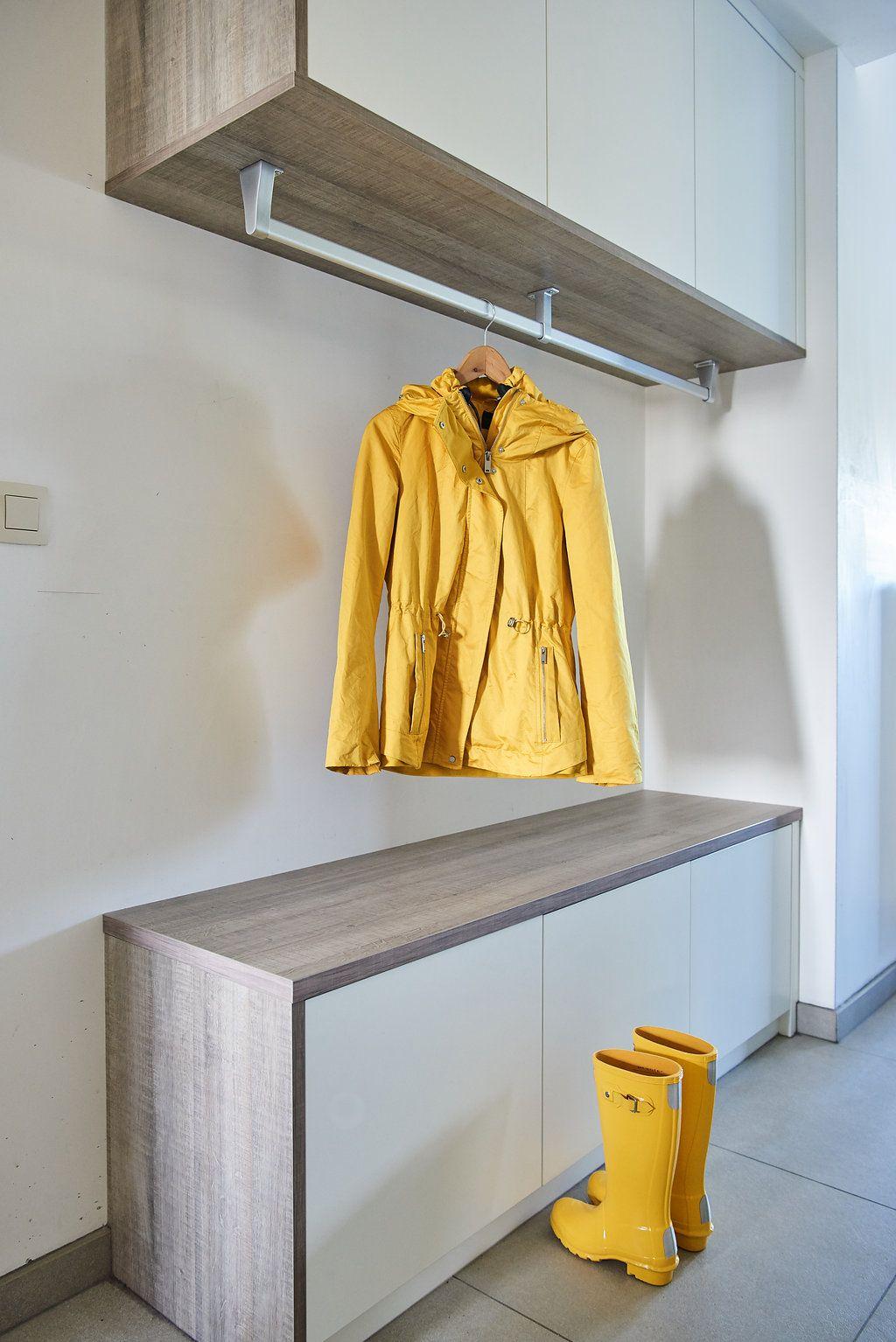 Vestiaire ouvert dans le hall d\'entrée | Closets | Pinterest | Les ...