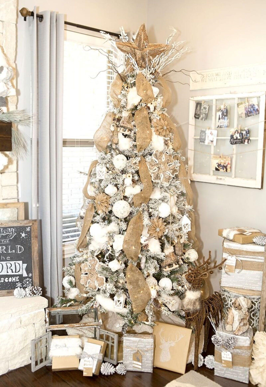 Farmhouse Decor Christmas Tree