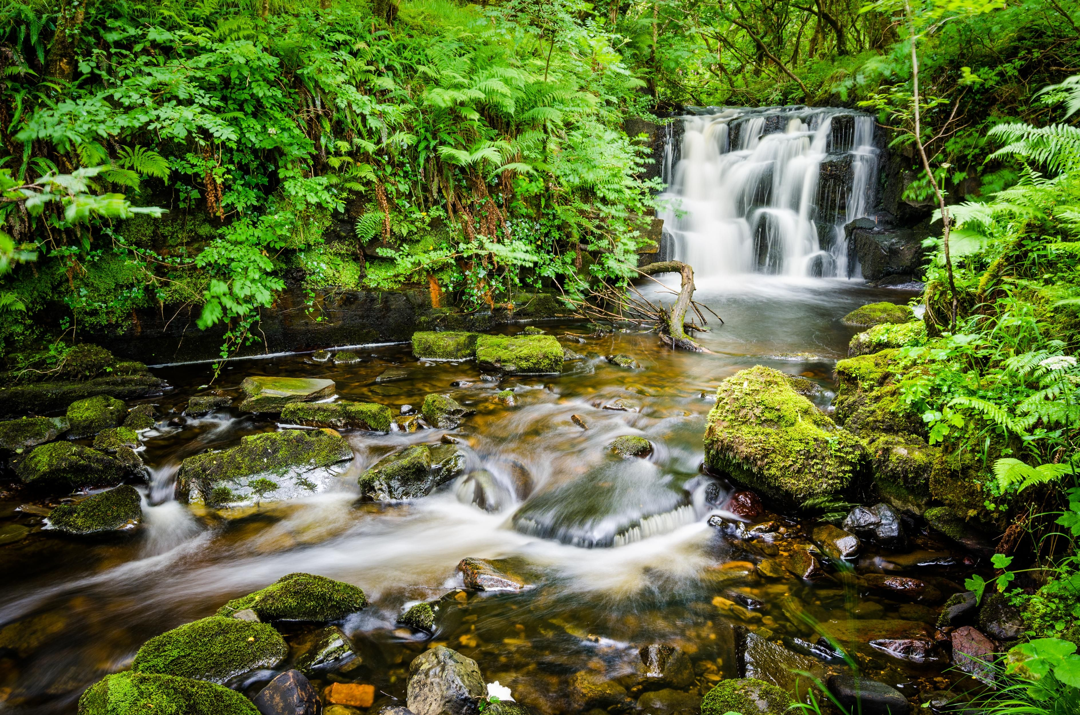 An unnamed waterfall - Gleniff Horseshoe Ireland [OC][3775x2500]   landscape Nature Photos