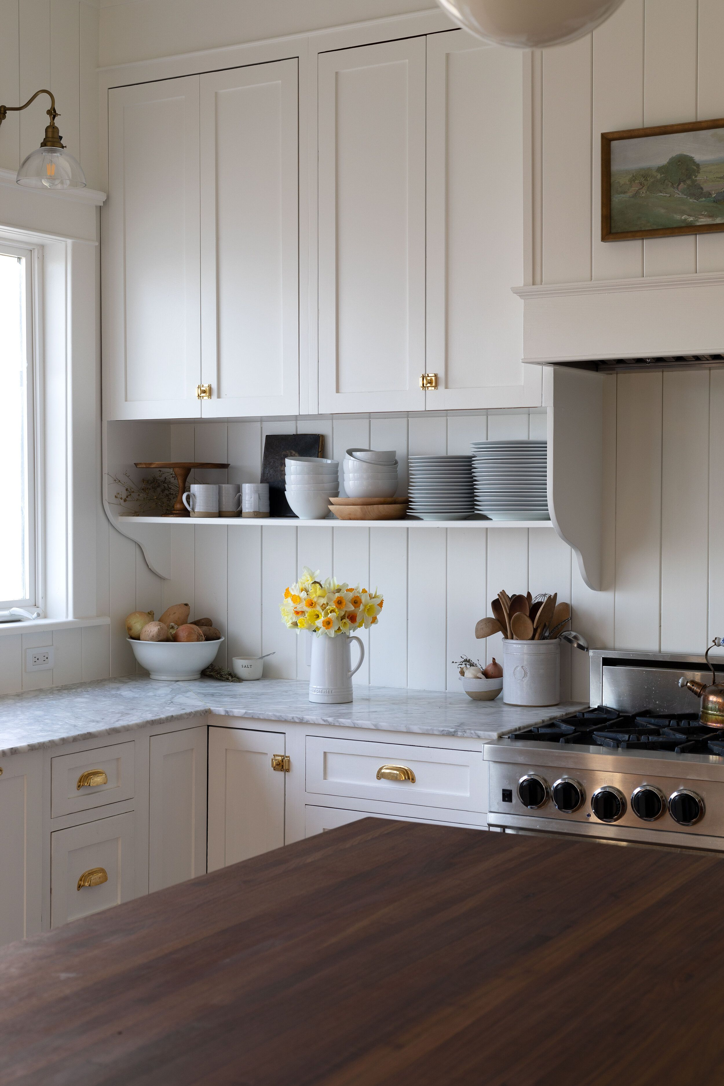 Our Best Tips For Styling Open Shelves In The Kitchen The Grit And Polish In 2020 Kitchen Cabinet Remodel Home Kitchens Kitchen Remodel