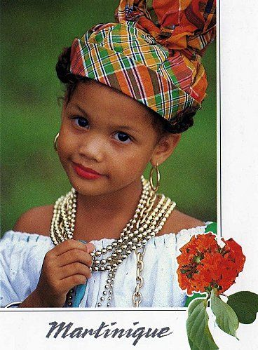 FoLKLoReS, CoStUmEs, tRaDiTioNS n°2 Martinique Femme