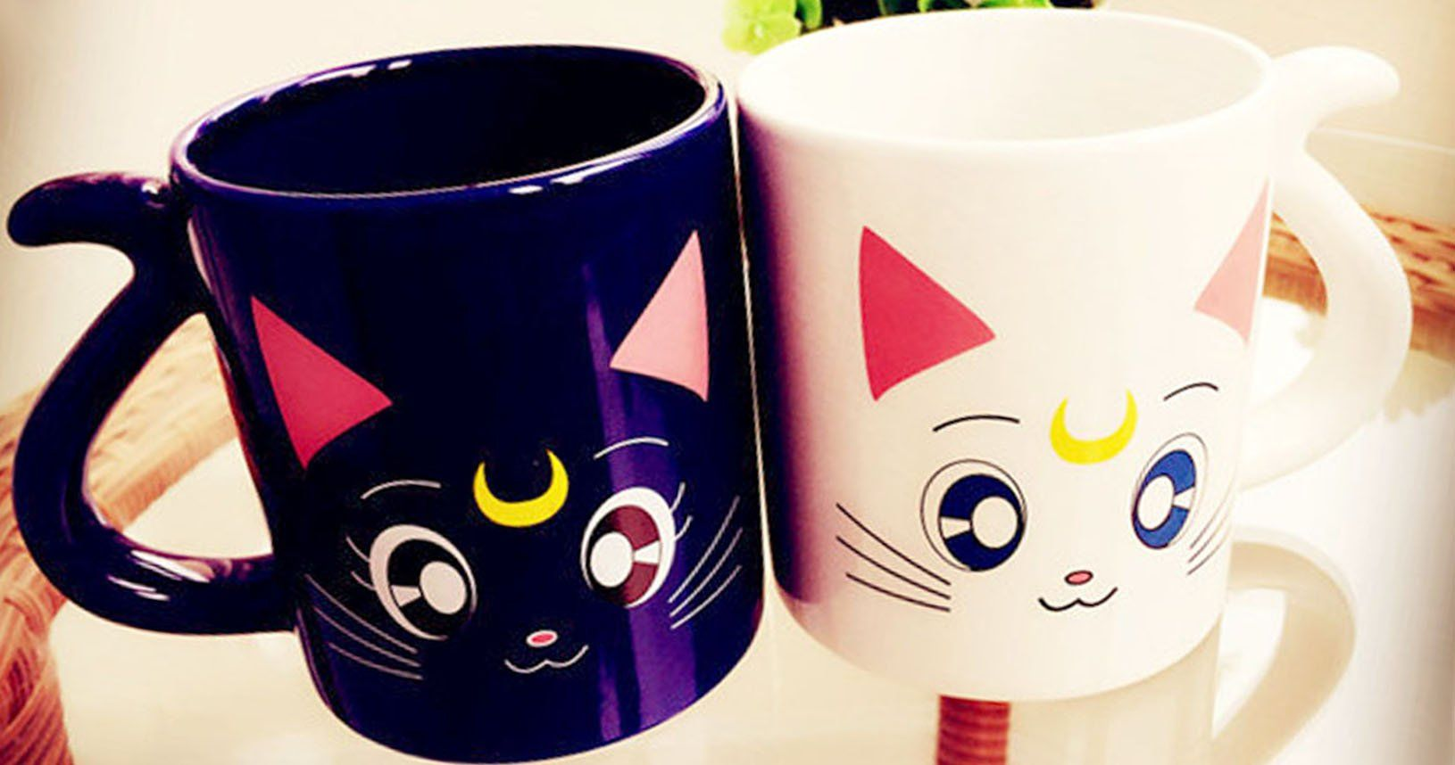 Kick start theday and add somecuteness toyour mourning coffee with these guardian catmugs! TheLuna and Artemis mugs have handle shaped cat tails for grasping and creates the perfect gift to share with that special Sailor Moon fan in your life!
