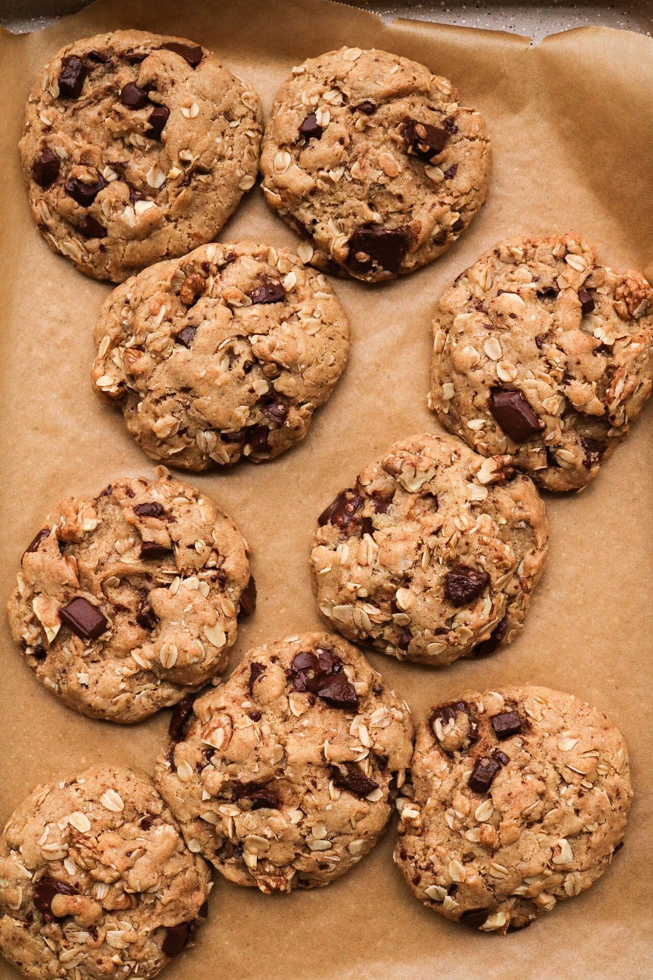 Chocolate Chunk Walnut Oatmeal Cookies Vegan Plant And Sprout Chocolate Chip Walnut Cookies Vegan Cookies Chewy Cookie