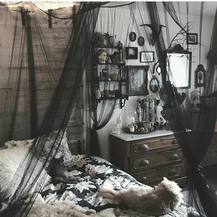 "@gothicdreamers on Instagram: ""Bedroom goals ��� by:@taxilhoax . . . . . . .#bedroom #bedgoals #goals #instagoth #goth #gothic #gothgirl #gothstyle #black #dark #darkness…"""