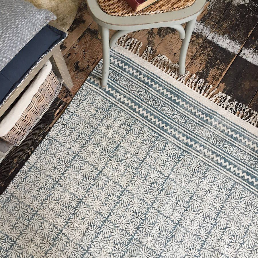 Are you interested in our cotton rug? With our cotton dhurrie you need look no further.