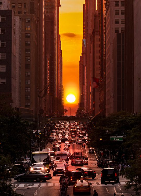 Manhattanhenge Manhattanhenge Is A Phenomenon That Happens
