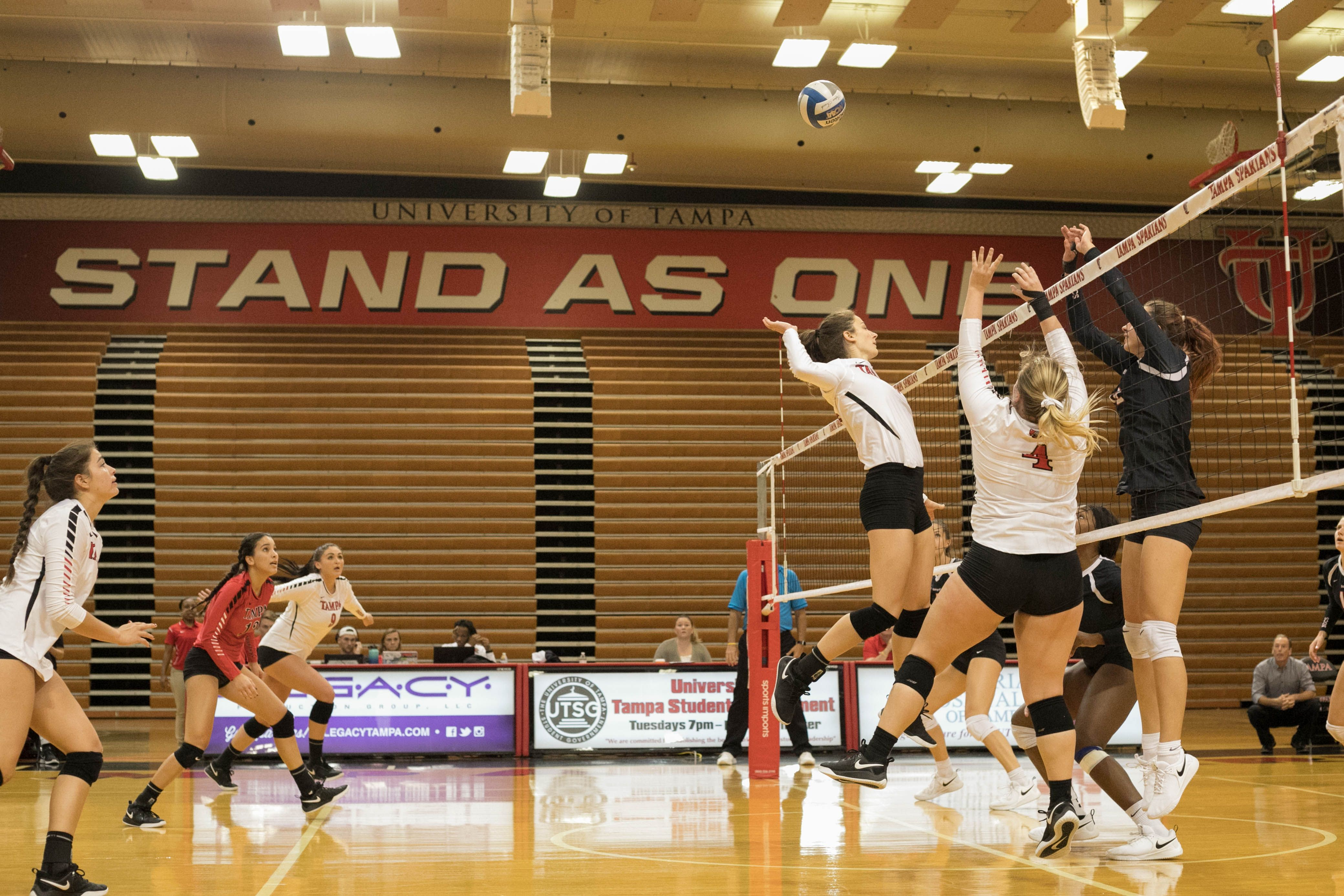 University Of Tampa Spartans Division Ii Athletics Women S Volleyball University Of Tampa Women Volleyball Tampa