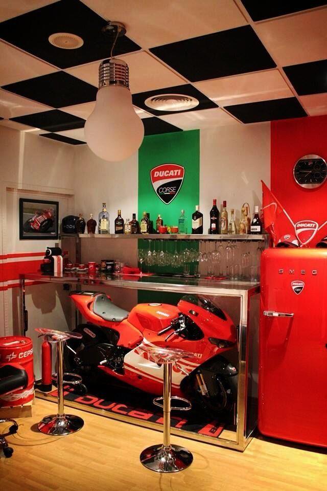 Bobber Brothers Garage Workshops Diy Custom Interior Design Furniture And Tool Inspirations Motorcycle Garage Man Garage Man Cave Home Bar