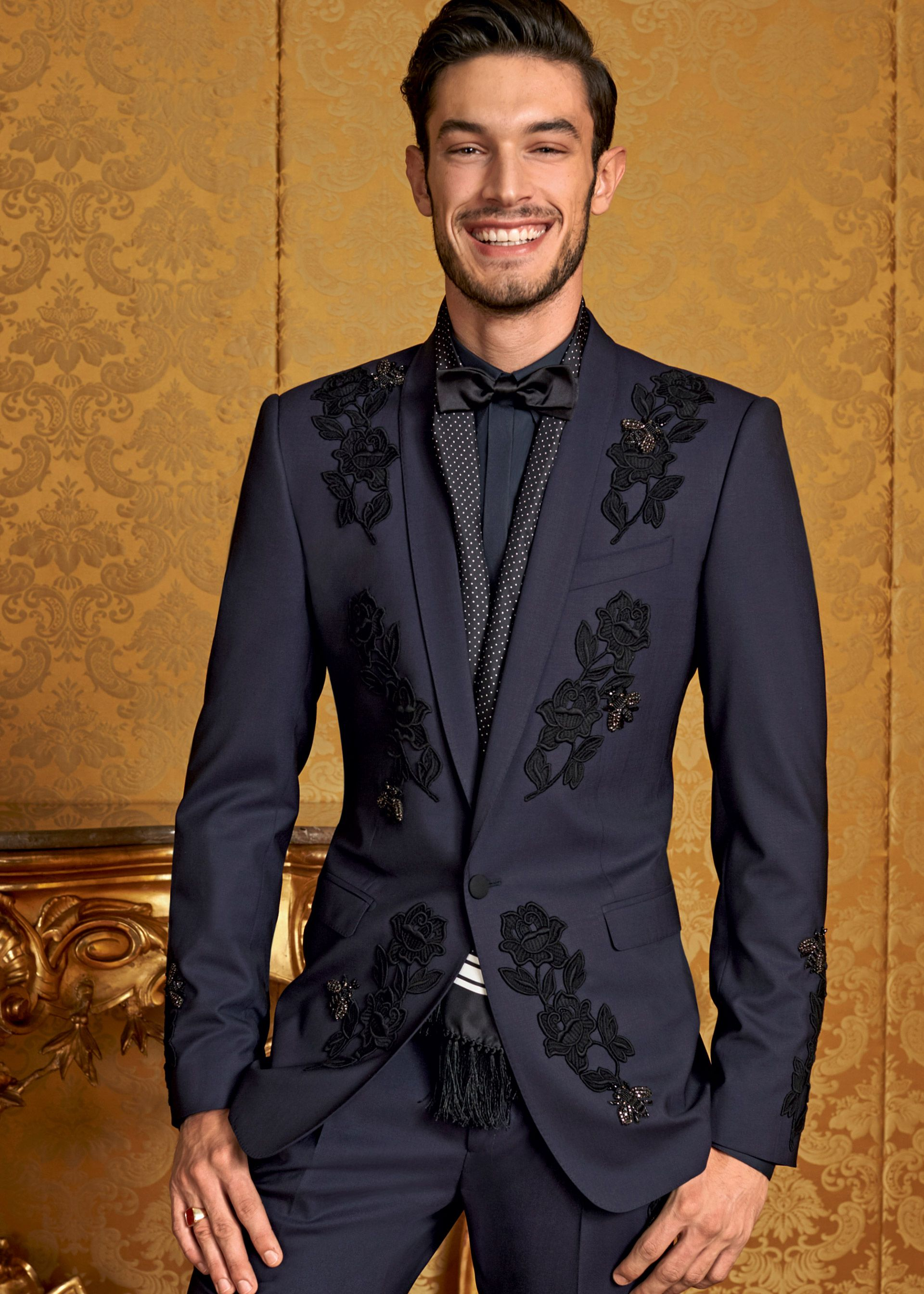 569cc506a2b1 Discover the new Dolce   Gabbana Men s Eccentric tailoring Collection for  Fall Winter 2016 2017 and