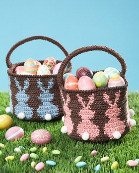 Bunny Egg Basket - ADORABLE!!  Free Pattern here: http://www.sugarncream.com/data/pattern/pdf/Lily_SugarnCreamweb185_cr_basket.en_US.pdf