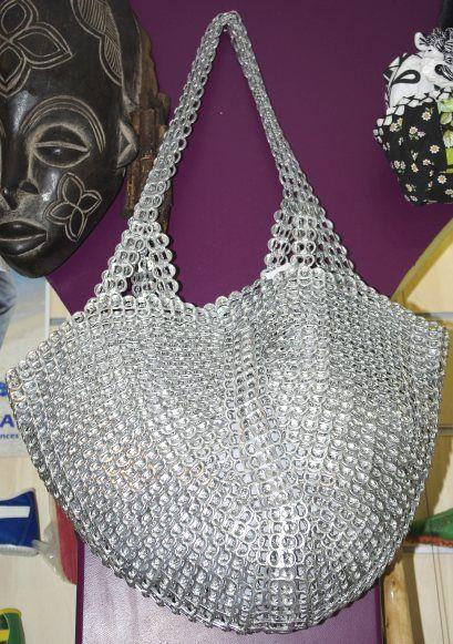 sac-a-main-capsules-canettes-aluminium-grand.jpg (409×581)