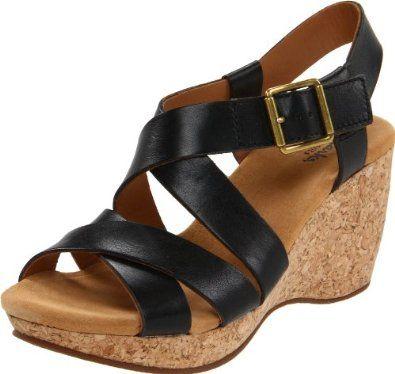 0a9f77e38053 Amazon.com  Clarks Women s Artisan by Harwich Cast Wedge Sandal  Shoes