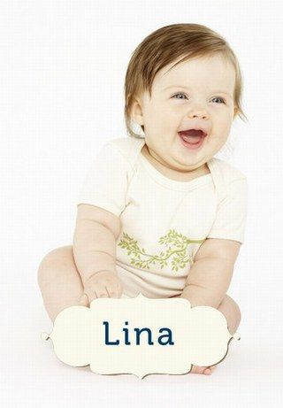 Mia, Till, Eva oder Ben: Kurze Vornamen sind ausgesprochen beliebt. Denn sie sind einfach und passen sowohl zu langen als auch zu kurzen Nachnamen...