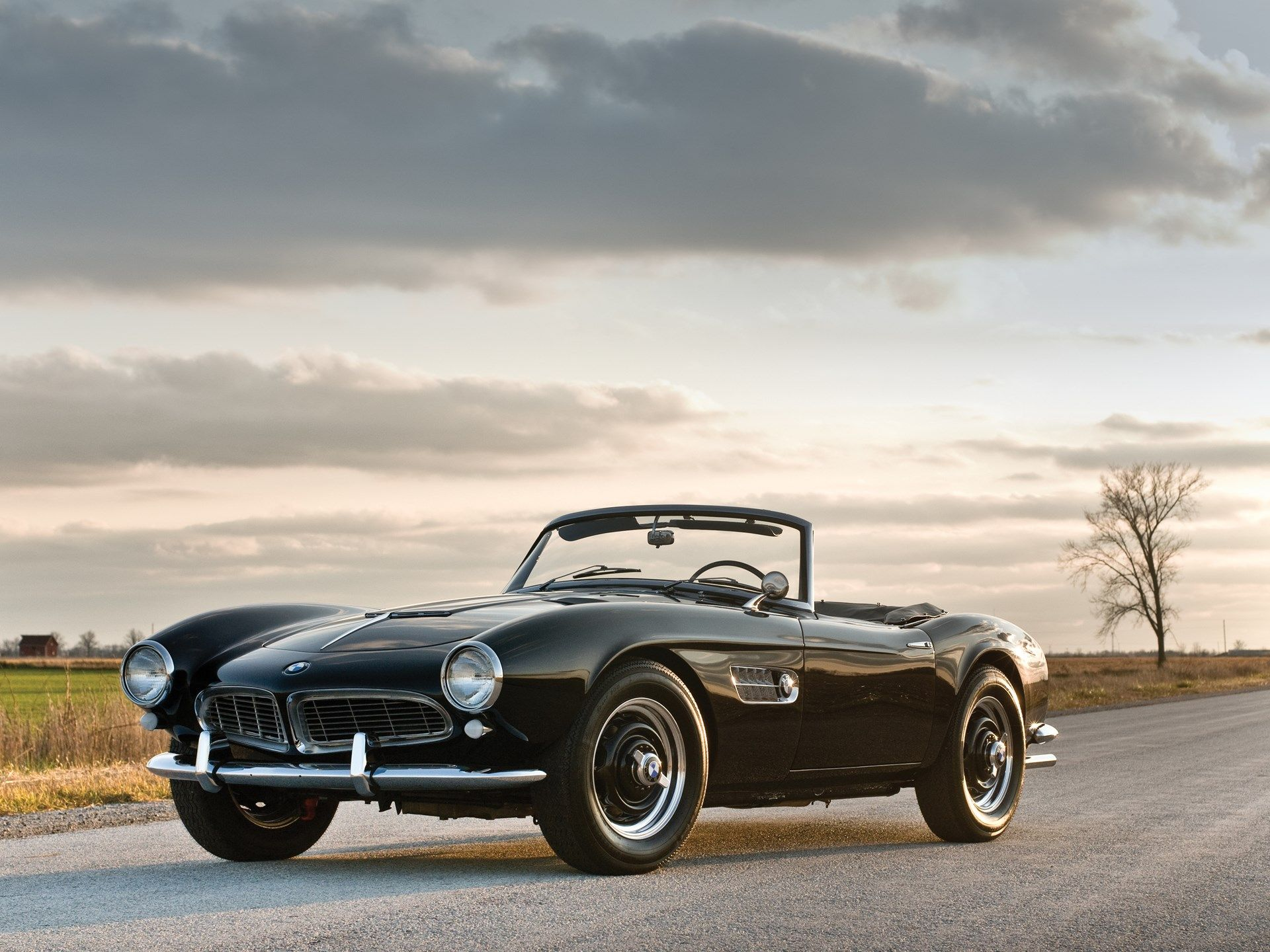 10 Car Myths Everyone Believes The Invention Of The Automobile Was A Pivotal Moment For Humanity Not Only Did We Have A New Way Bmw 507 Bmw Bmw Classic Cars