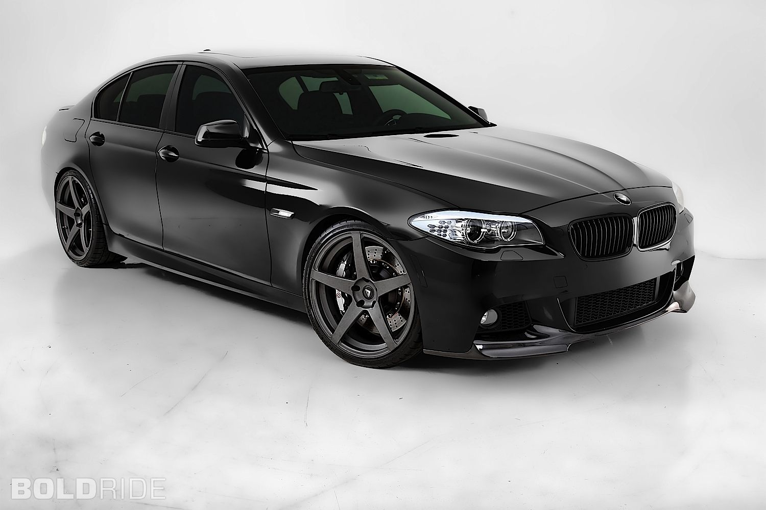 Bmw 5 Series Love The All Black On This Car Bmw Bmw 5